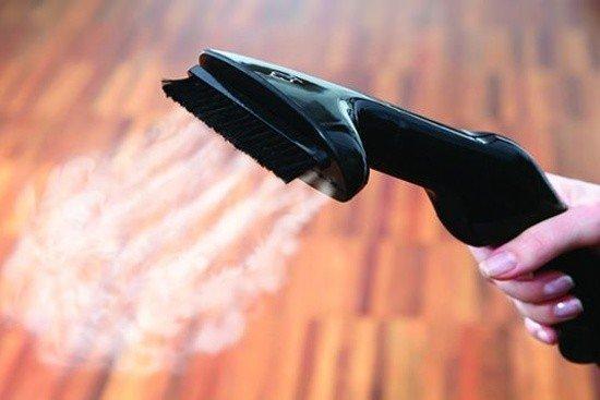 yak rozgladiti puhovik Як розгладити пуховик після покупки або прання за допомогою відпарювача та праски